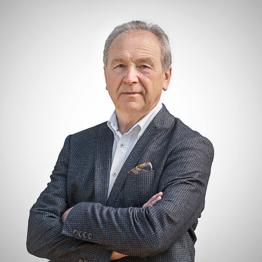 prof. nadzw. dr hab. med. Julian Dutka