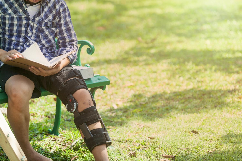 leczenia uszkodzenia więzadła krzyżowego przedniego