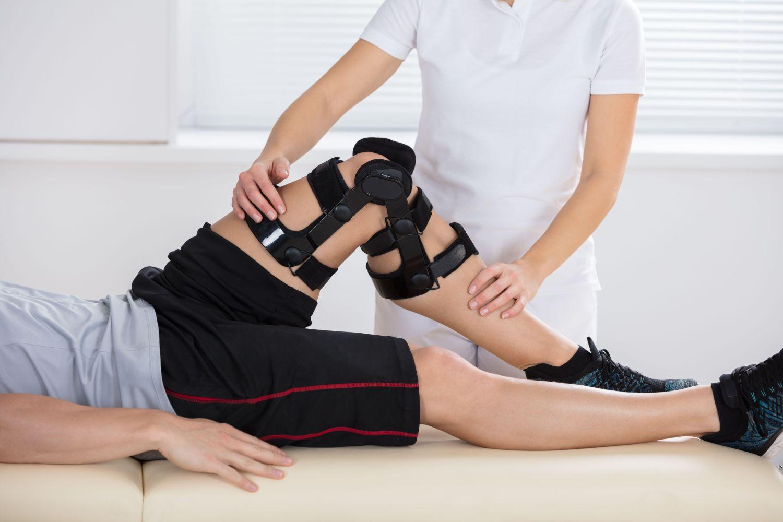 powrotu poszkodowanego sportowca do normalnej aktywności sportowej